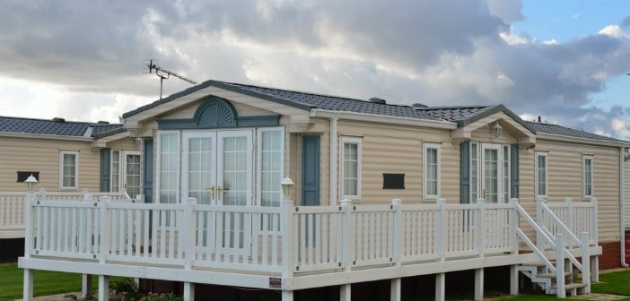 What are the differences between manufactured modular and mobiles homes