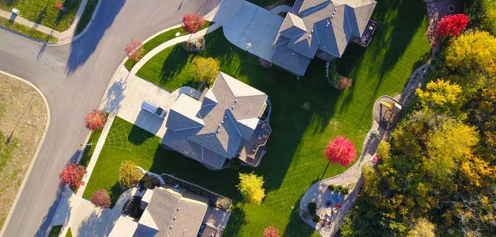 The Big Advantage Real Estate Investing Has Over Stocks